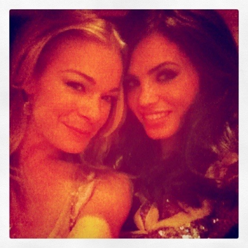 leannrimes-jennaldewan-nbc-upfronts-the-playboy-club