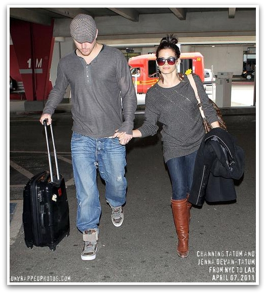 channing-tatum-jenna-dewan-tatum-nyc-to-lax-04-07-2011